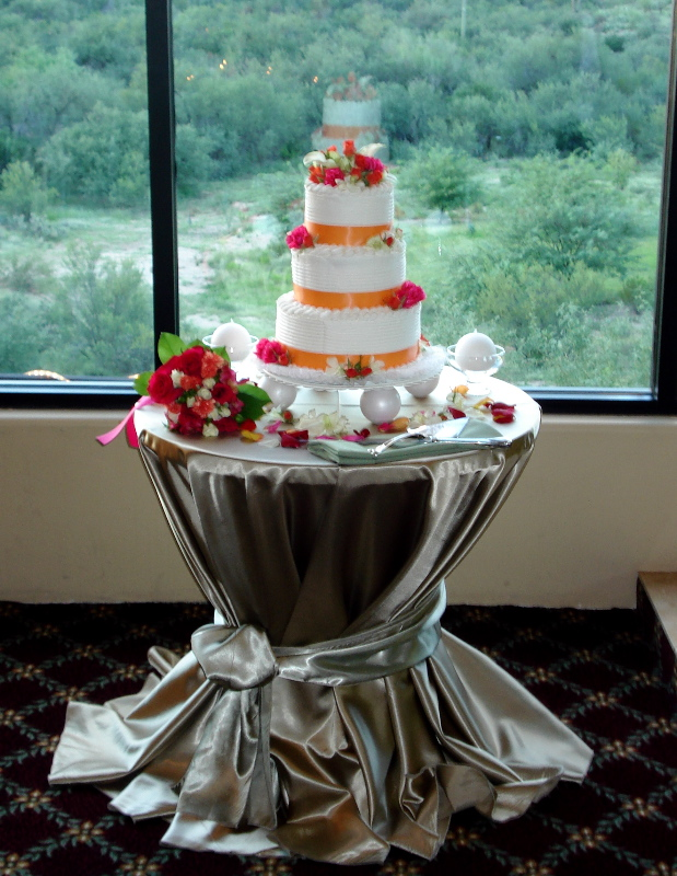 wedding cake display at reception my tucson wedding. Black Bedroom Furniture Sets. Home Design Ideas