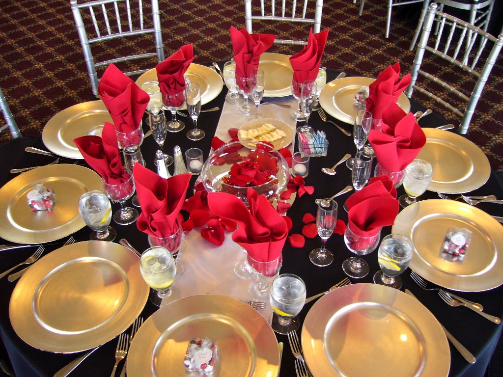 Black with Red Table Design - My Tucson Wedding
