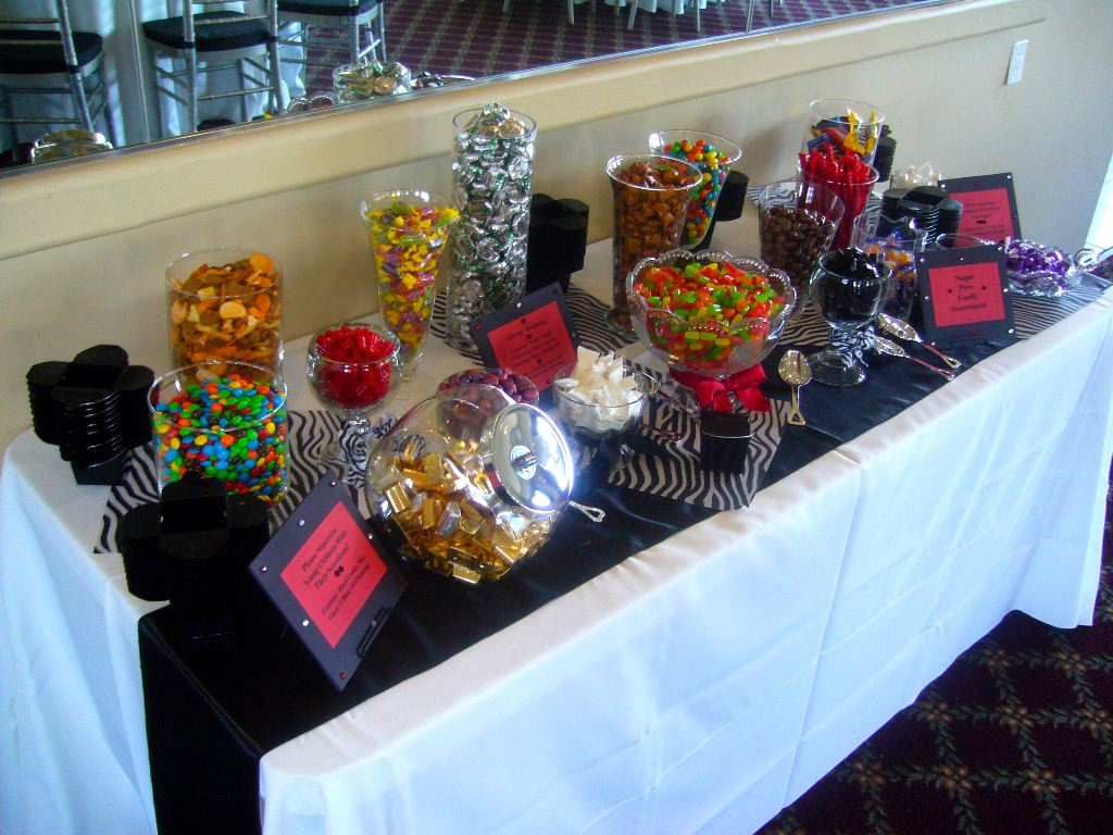 candy tables are popular my tucson wedding. Black Bedroom Furniture Sets. Home Design Ideas